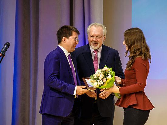 Тверские журналисты получили награды из рук