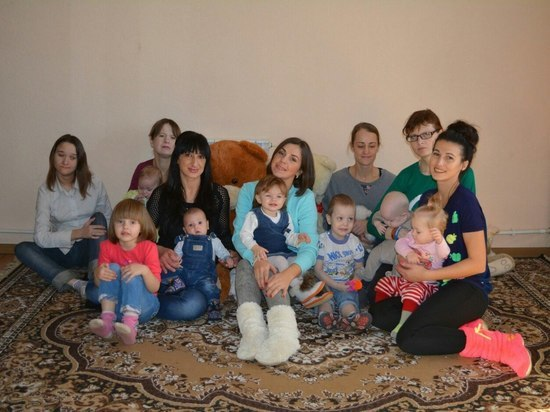Вернувшиеся с того света: МК побывал в тверском приюте для мам