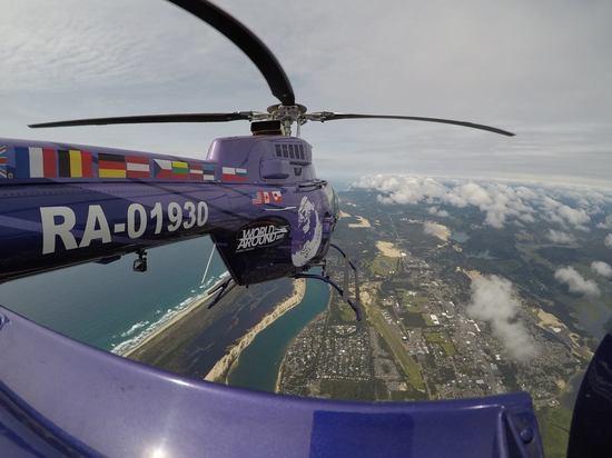Вертолёт после кругосветного путешествия приземлился в Тверской области