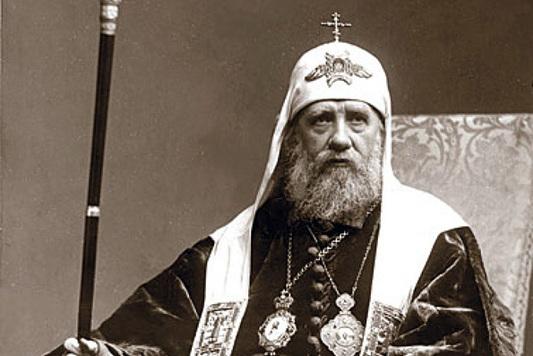 Исторический субботник: Патриарх посадил липовую аллею вДонском монастыре