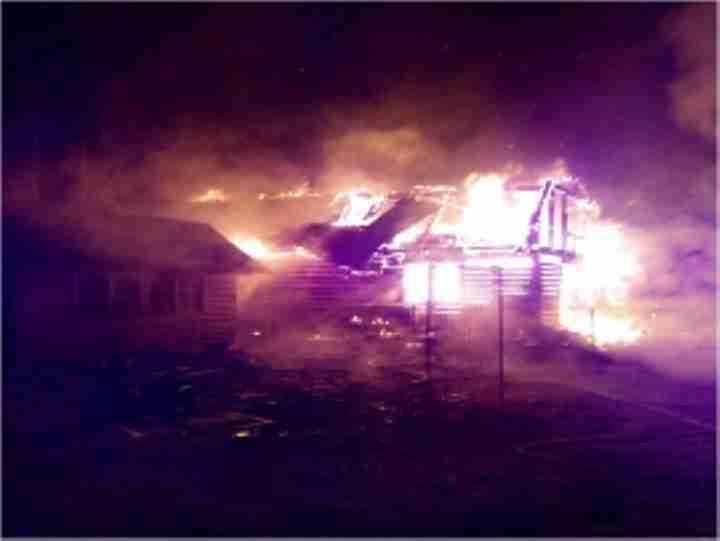 Понеустановленной причине вТверской области сгорела дача
